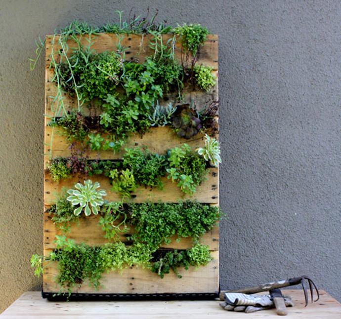 Bac A Fleur En Bois Palette : Recycled Pallet Vertical Garden